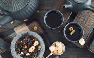 Cooling Summer Heat with Chinese Herbal Teas